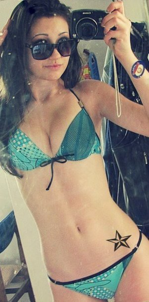 Rosalba from New Hampshire is looking for adult webcam chat