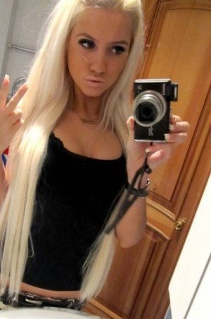 Luana from  is interested in nsa sex with a nice, young man