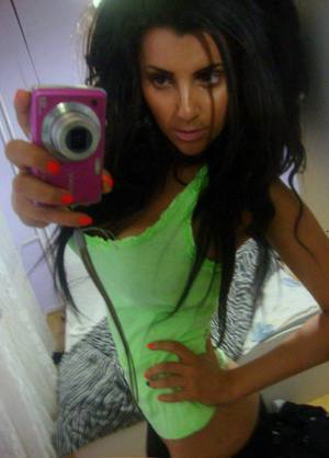 Rosalie from  is looking for adult webcam chat