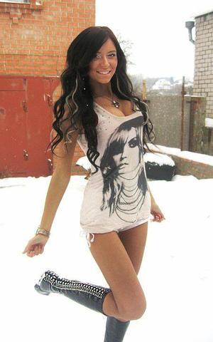 Rebecka from Colorado is looking for adult webcam chat